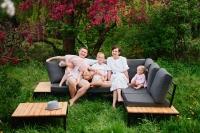 Komplet záhradný se stolem Hooly   Rohová sedacia súprava z poduszkami